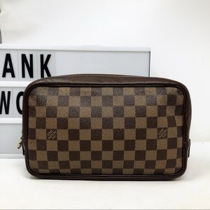Louis Vuitton truth toilette Damier ebene Pouch